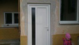 Vch.dvere + okná rod. dom Horná Streda