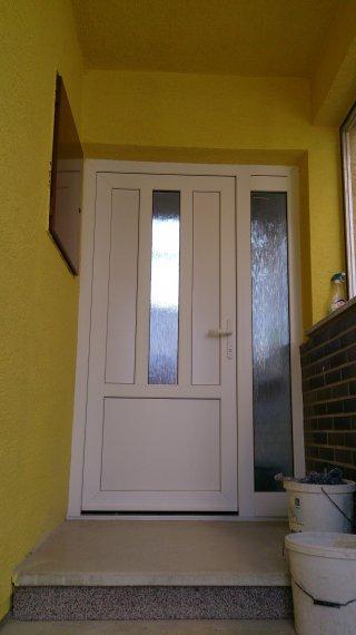 Vchodové dvere RD Vrbové